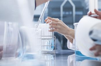 化粧品・薬・開発・研究