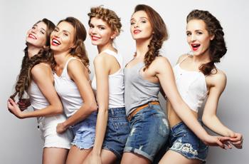 5人グループ女友達
