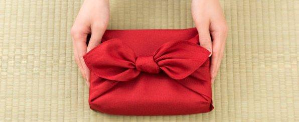 年始の挨拶に。贈って喜ばれるお年賀・手土産の選び方とマナー