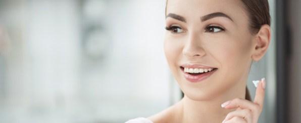 ニキビ肌の人が使用すると効果がUPする・避けておきたい化粧品成分