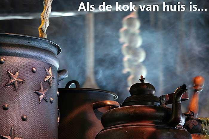 6 Woorden verhaal over koken, rokende pannen en sputterende pannen