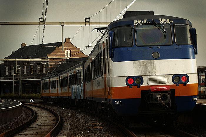 De laatste dag Hoekselijn met een trein op Hoek van Holland Haven.