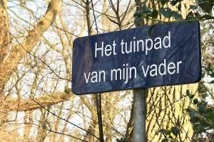 Uit het Dorp van Wim Sonneveld