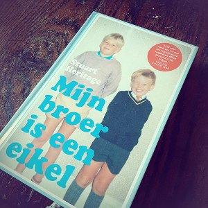 Boek mijn broer is een eikel