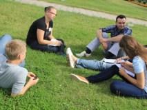 Trys iš keturių su jaunimu dirbantys žmonės neturi reikiamos kvalifikacijos