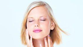 Kaip tinkamai valyti veido odą
