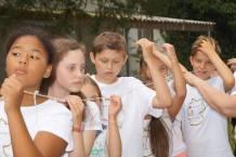 """Edukaciniai dramos žaidimai pasakos """"Eglė žalčių karalienė"""" motyvais Vasaros stovykloje. Nuotrauka Dariaus Šulco"""