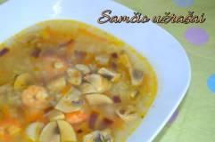 Ryžių sriuba su krevetėmis ir grybais