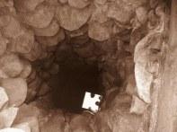 Žaibiškių k. Dviračių žygio dalyviai žvilgtelėjo į vienintelį seniūnijoje esantį šulinį iš akmenų