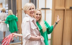 """Artėjant Motinos dienai Indrė Stonkuvienė """"išpirko"""" vieną vaikystės skolą"""