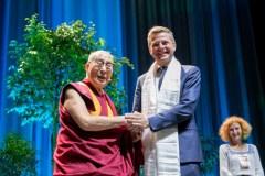 """Vilniuje besilankantis Dalai Lama: """"Šis amžius turi tapti taikos amžiumi"""""""