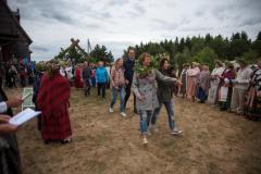 Šimtmečio Joninėse Trakų rajone nupinta 100 vainikų Lietuvai