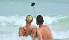 Kaip išmaniuoju telefonu sukurti tobulą vasaros atostogų filmuką