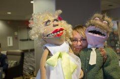 Menininkė Indrė Mineikienė su savo lėlėmis. Nuotr. Mindaugo Kavaliausko