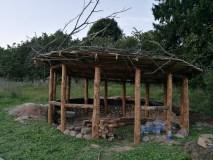 """Lietuviams dar neįprastu būdu kuriama stovyklavietė """"Gervių lizdas"""""""