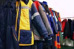 Darbo drabužiai – iš kokių medžiagų jie pagaminti?