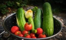Cukinijų mišrainė su pomidorais žiemai