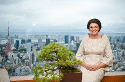 Japonijos moksleiviai Dianą Nausėdienę sutiko giedodami Lietuvos himną