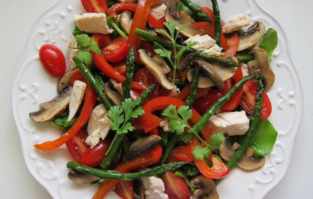 Mixed Vegetable & Roast Chicken Salad