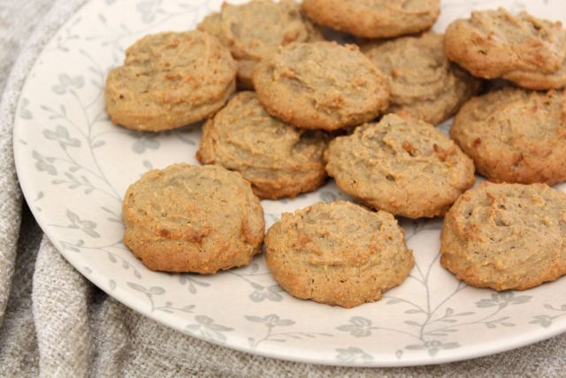 Healthy Peanut Butter Cookies (gluten-free, grain-free, sugar-free, dairy-free)