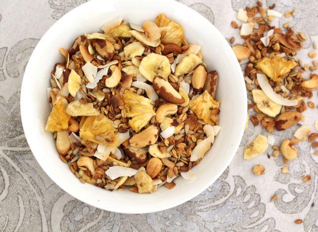 Tropical Granola (sugar-free, gluten-free, vegan)