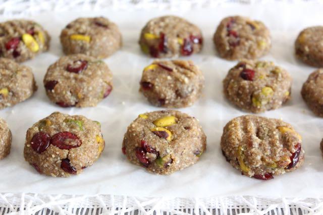 Raw Pistachio & Cranberry Cookies