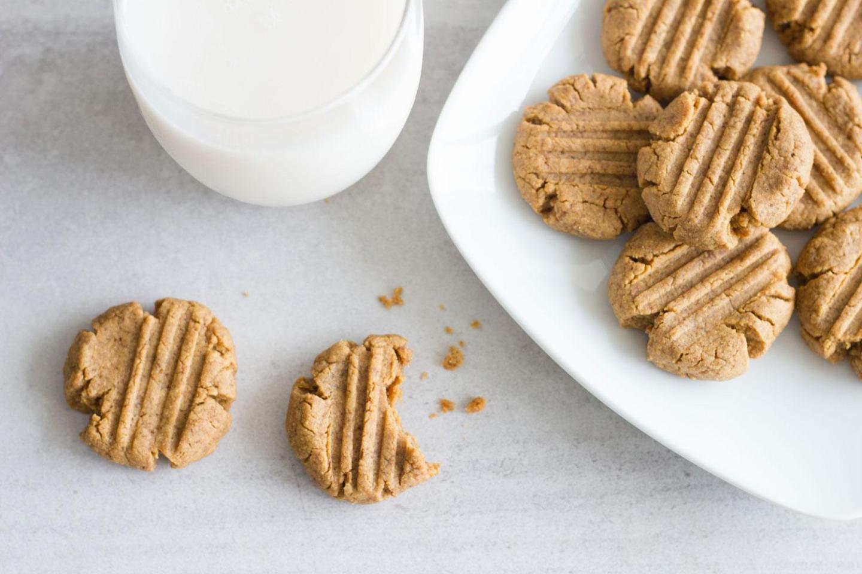 3 Ingredient Peanut Butter Cookies (gluten-free, sugar-free, dairy-free)