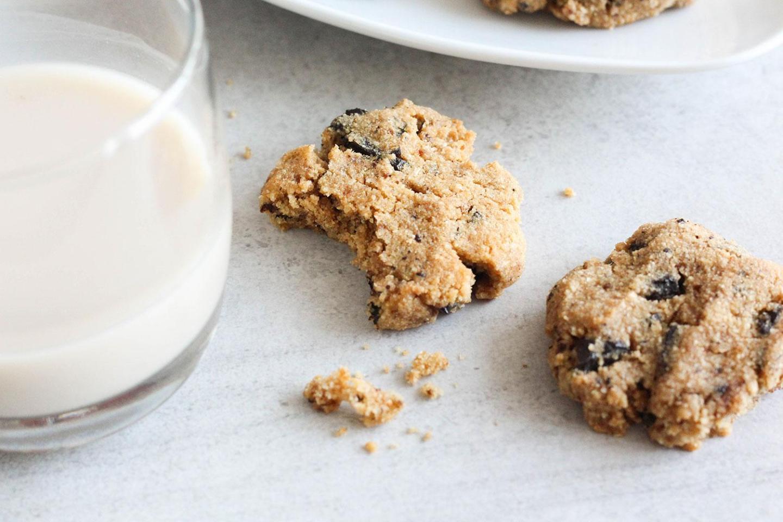 My Healthy Soft Chocolate Chip Cookies Recipe (gluten-free, dairy-free, sugar-free)