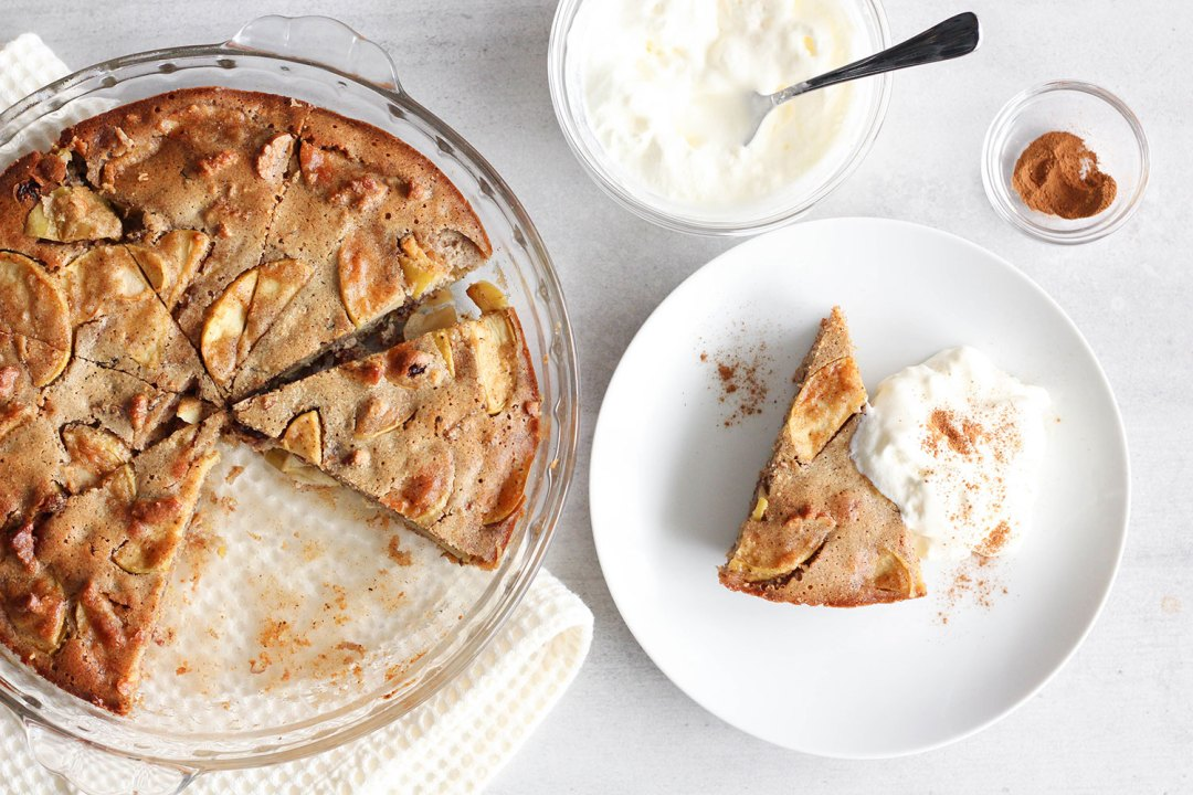 MY HEALTHY CHRISTMAS APPLE PIE RECIPE + COCONUT CREAM
