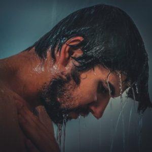 冷水シャワーとテストステロンは本当に関係あるのか?