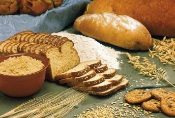 パンなどの炭水化物と血糖値の関係性