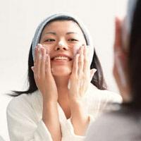 顔のシミを消すにはどういう消し方が?取り方は?レーザー治療は?