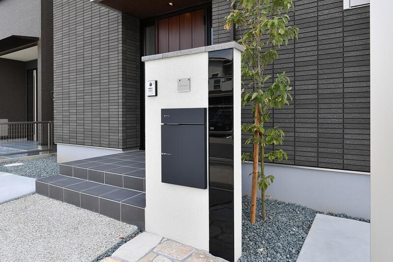 様々なオプションの中から好みの門柱へ|愛知県岡崎市を中心に三河地区№1スタッフ数のエクステリア・外構 ライフ・ランド