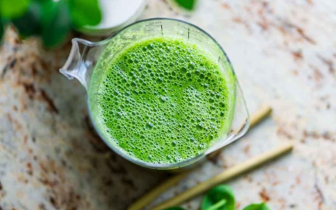 防曬美肌喝綠拿鐵,2 種蔬果加好加滿就對了!