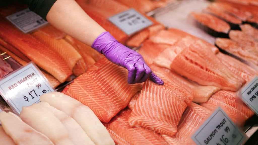 石鍋拌飯-鮭魚