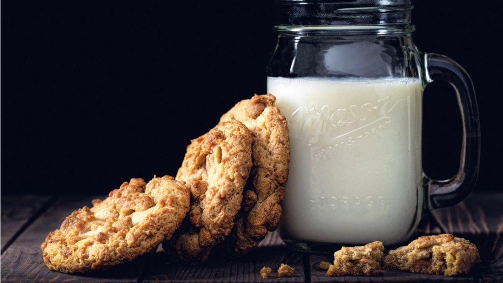 維生素B2-鮮奶-麵包