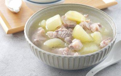 大黃瓜料理 夏季能量補給的黃瓜排骨湯