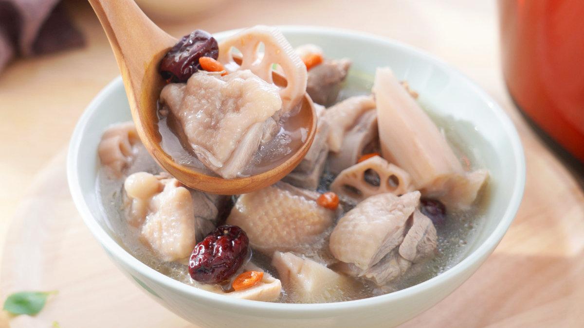 蓮藕紅棗雞湯-藥膳-秋季
