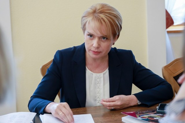 Про готовність до початку навчального року, перевірки з райвідділів освіти та різницю обов'язків між МОН та місцевою владою - 178b89c grynevyc