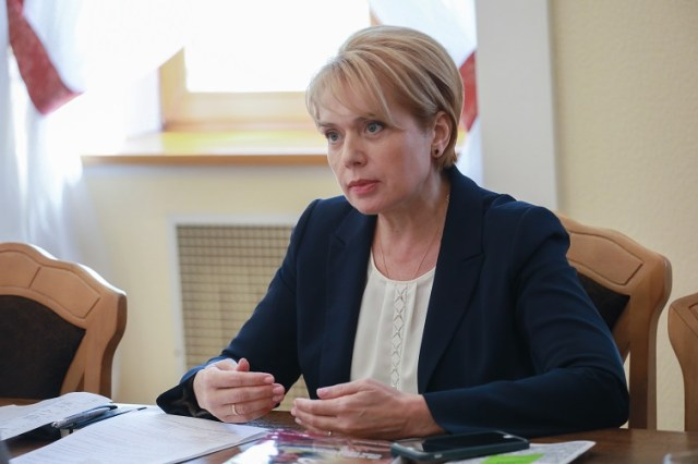 Про готовність до початку навчального року, перевірки з райвідділів освіти та різницю обов'язків між МОН та місцевою владою - c832abc grynevyc3