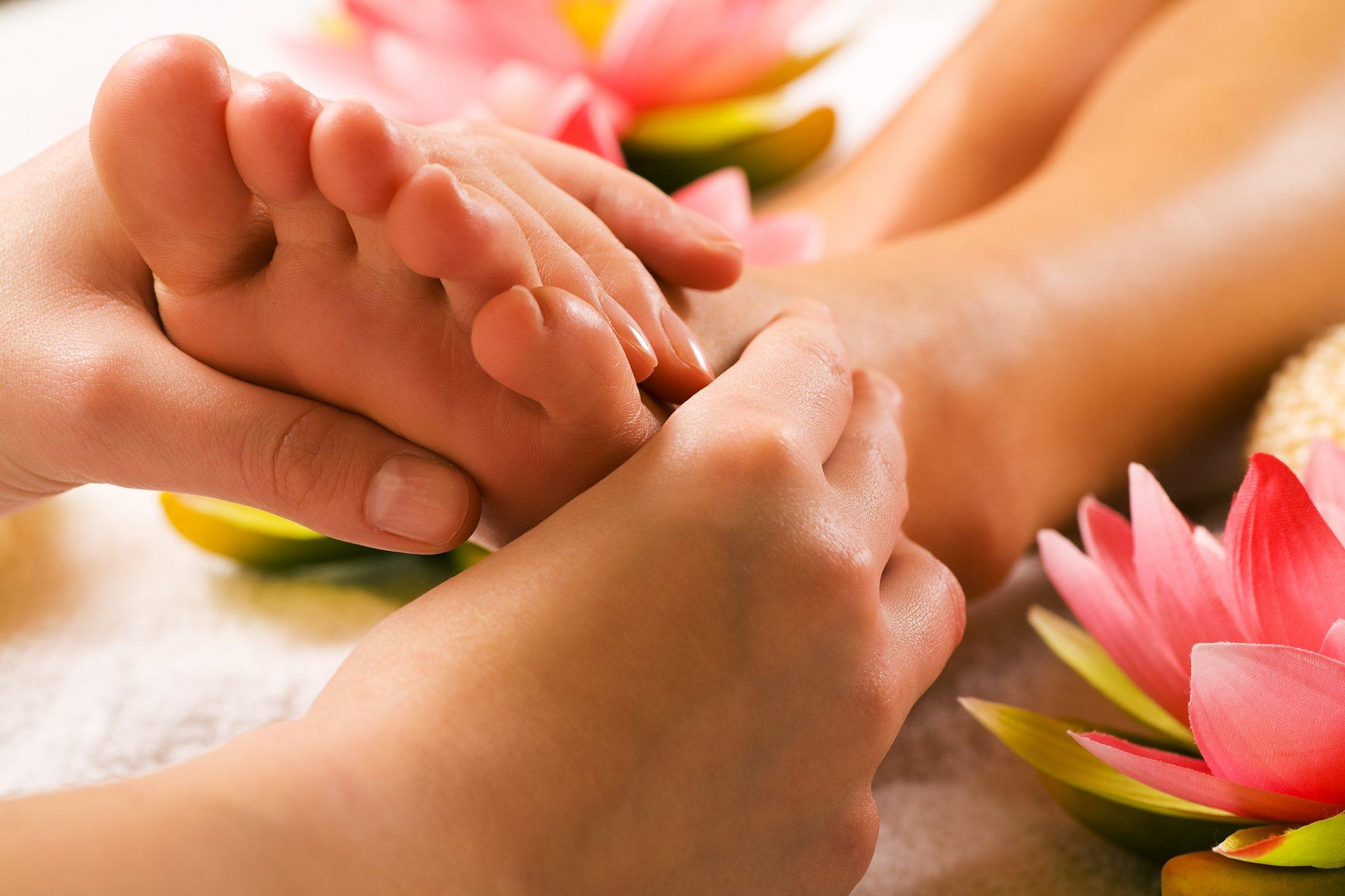 a fájdalom oka a karok és a lábak ízületeiben