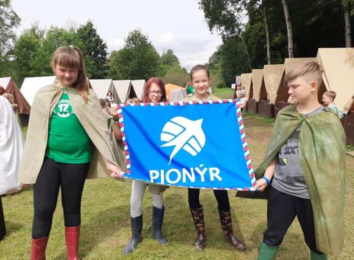 vlajka pionyr