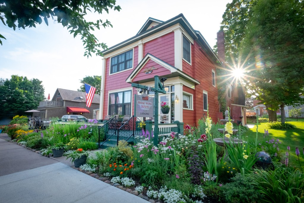 Photo of the Isaac Wing House in Bayfield, WI