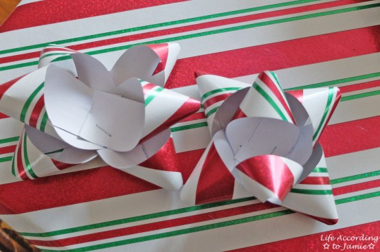 Gift Wrapping Bow 4