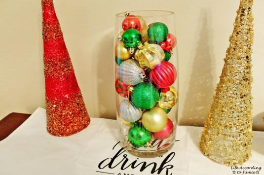Ornaments in Vase 7