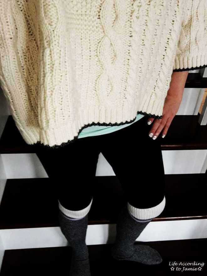 Oversized Cropped Knit Sweater 7