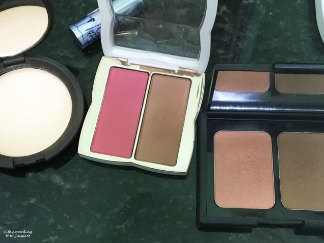 Alaska Travel Makeup Bag - Cheeks 1