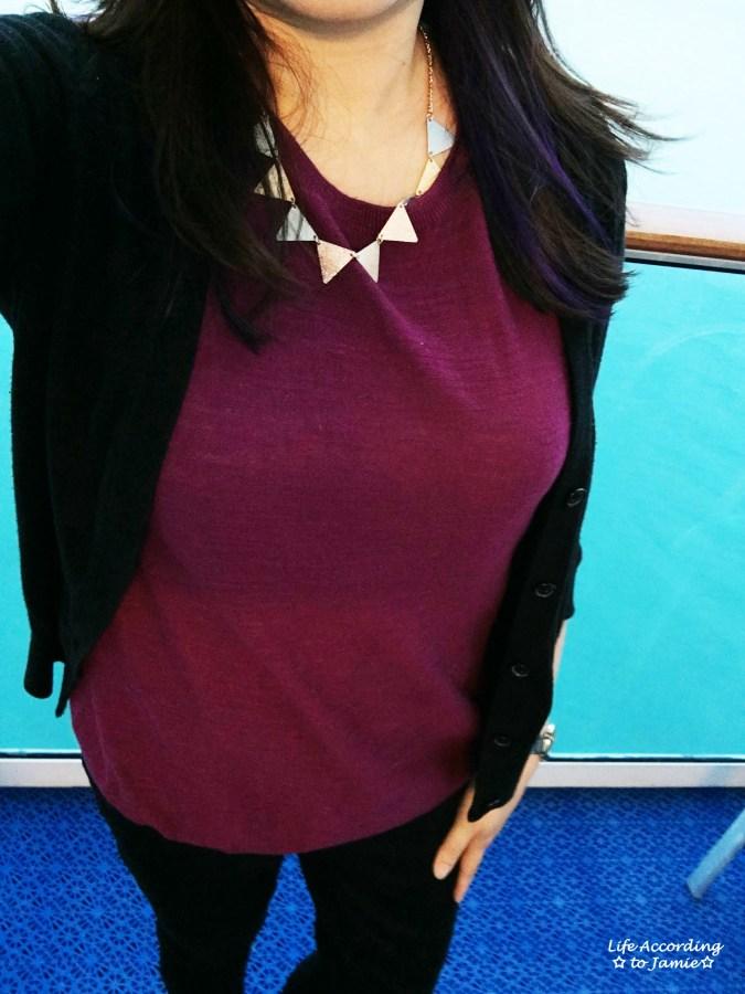 Berry Top & Triangle Necklace