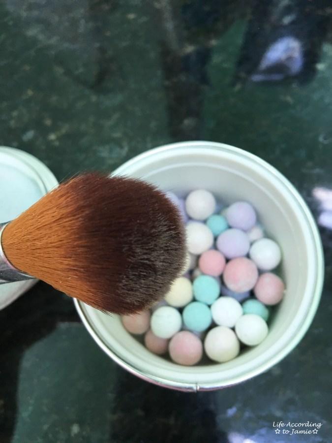 Guerlain Meteorites Illuminating Powder Pearls - Brush