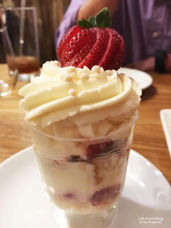 boulevard-seafood-strawberry-parfait